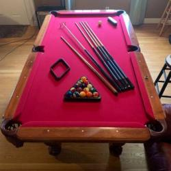 Kasson 7.5ft Pool Table Great Condition